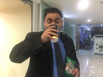 #MásQueUnCafé