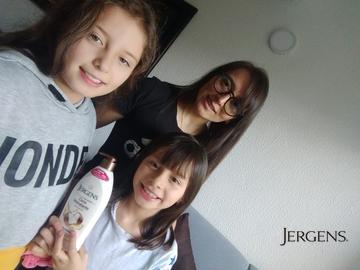 A mis hijas y  a a mí  nos encanta cuidar de nuestra piel #GanaConJergens
