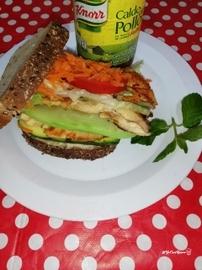 Sandwich de pollo #YoCociKnorr