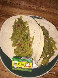Tacos de harina con nopales #YoCociKnorr