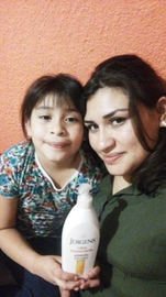 Mi sobrina y yo usamos Jergens #GanaConJergens